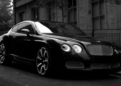 2008-Project-Kahn-Bentley-GTS-Black-Edition-Front-Angle-1920x1440