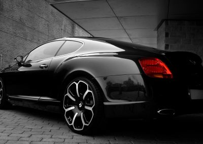 2008-Project-Kahn-Bentley-GTS-Black-Edition-Rear-Angle-1920x1440
