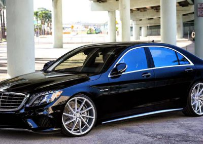 Lowered Mercedes S Class W222
